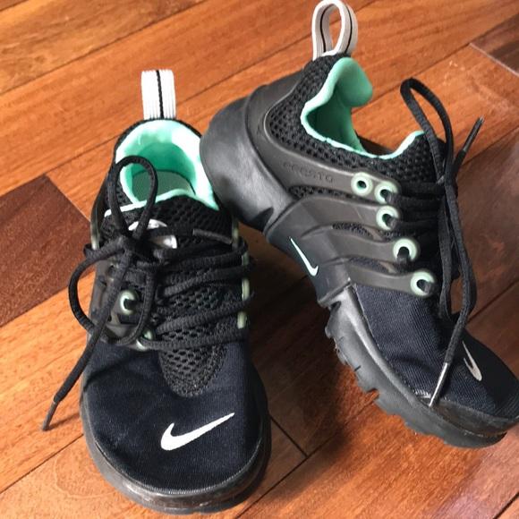 promo code 0d43b ccb5d Nike PRESTO Kids size 12c Black with Mint Green